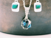 glass fusion jewelry set wire wrapped green dichroic