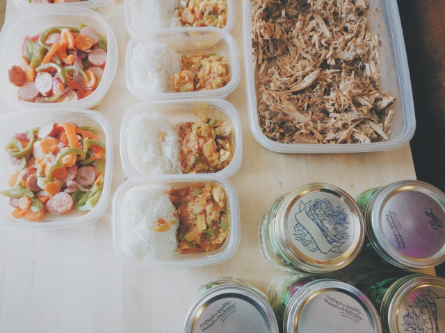 Pulled pork, sausage and veggie stir fry, chicken curry, mason jar salads